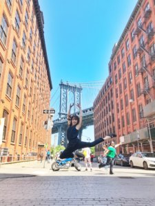 Manhattan Bridge View dancing